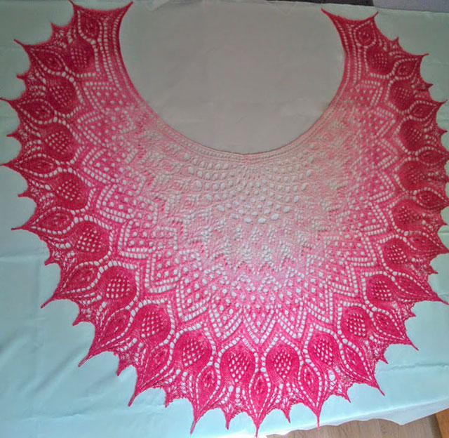 Пряжа кауни 8/1 pink-white, спицы № 3,5