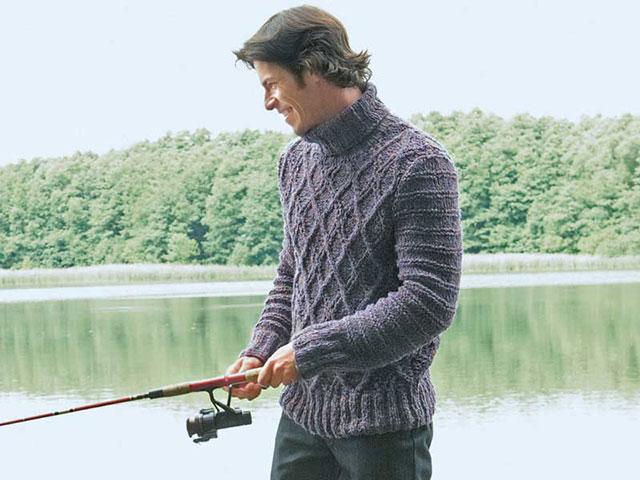 Мужской свитер крупной вязки узором «ромбы» с высоким воротником