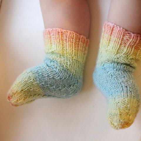 Детские спиральные носочки