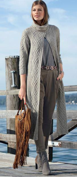 Пальто жемчужным узором с аранами и высоким воротником для женщин