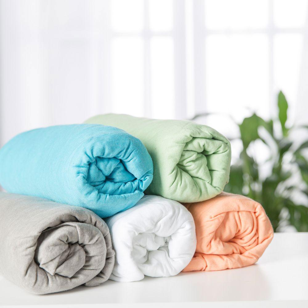 Благодаря сворачиванию в рулон, хранить принадлежности из мягкой ткани намного удобнее